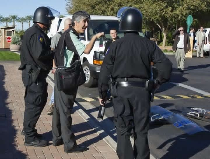 Arizona Republic reporter, Bob Ortega, almost arrested outside ALEC conference