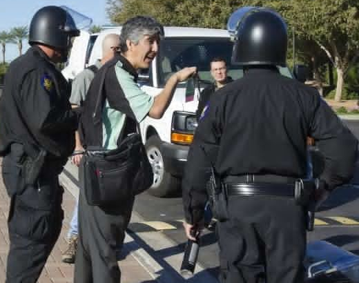 Arizona Republic reporter almost arrested outside ALEC conference
