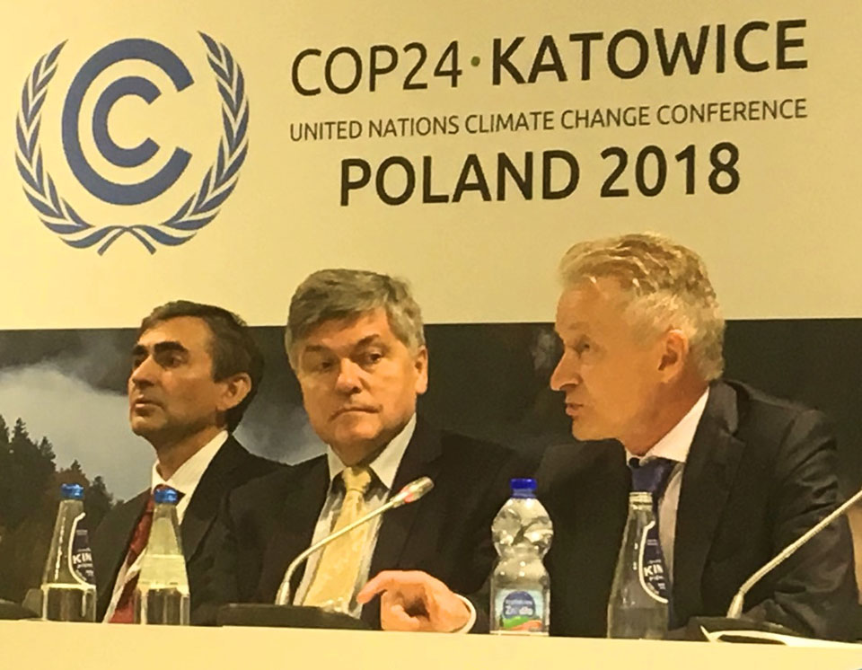 Economic panel to implement the Paris Agreement.