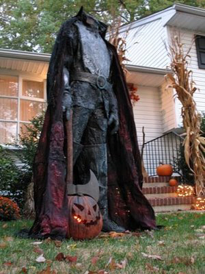 Headless Horseman in yard