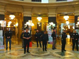 Police officers ring the Capitol rotunda (photo by Jonathan Rosenblum)
