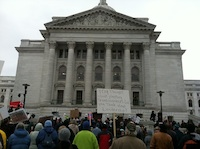 Protesters outside Wisconsin State Capitol (Photo by Kip Rood)