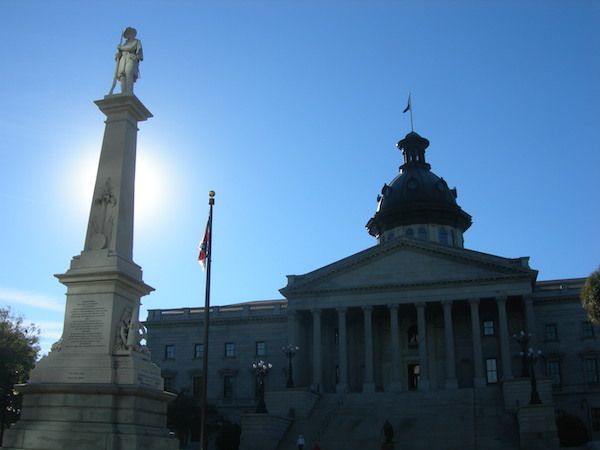 Confederate monument and flag at South Carolina state capitol