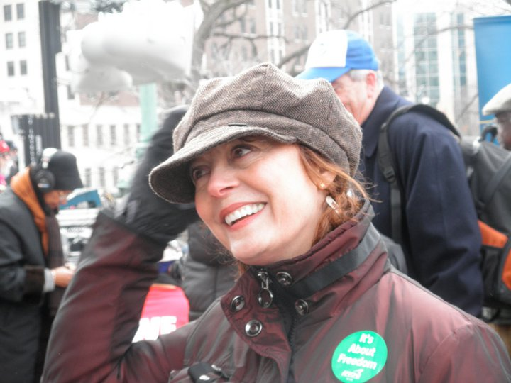Susan Sarandon at labor rally, March 12, 2011